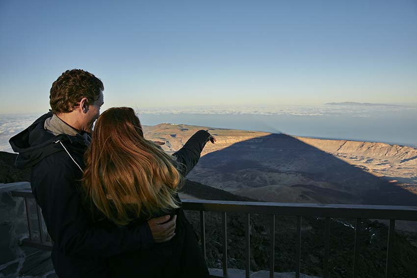 Night-time excursion to Teide with dinner and astronomical observation for groups