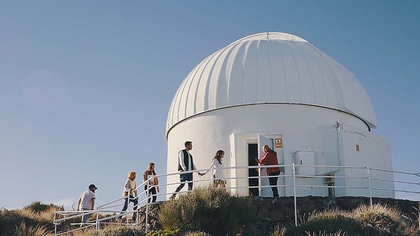 Group excursion to Tenerife Observatory and stars